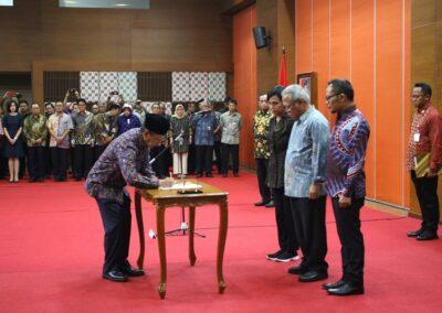 Pengukuhan Sumpah Jabatan Komisioner _ Deputi Komisioner BP Tapera 02