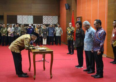 Pengukuhan Sumpah Jabatan Komisioner _ Deputi Komisioner BP Tapera 04