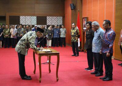 Pengukuhan Sumpah Jabatan Komisioner _ Deputi Komisioner BP Tapera 05